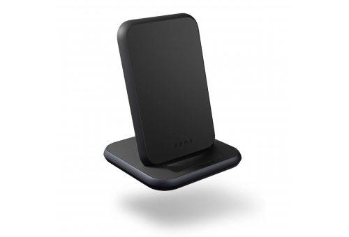 ZENS Aluminium Stand Fast Wireless Charger в комплекте с адаптером питания USB-C PD мощностью 18 Вт.