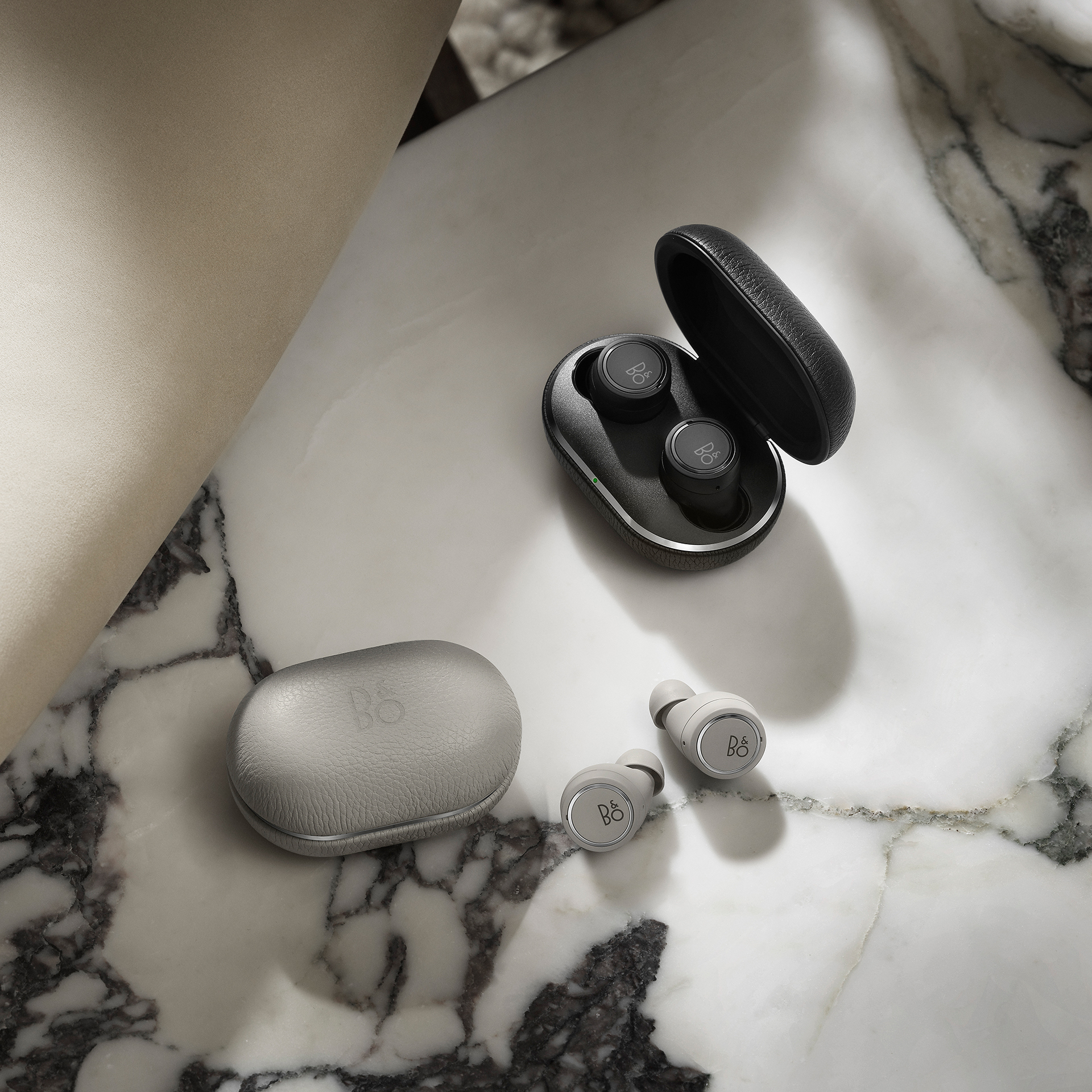 Beoplay e8 3rd Gen Grey Mist and Black variant